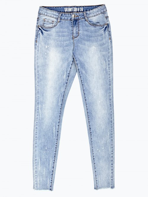 Cropped skinny jeans in light blue wash