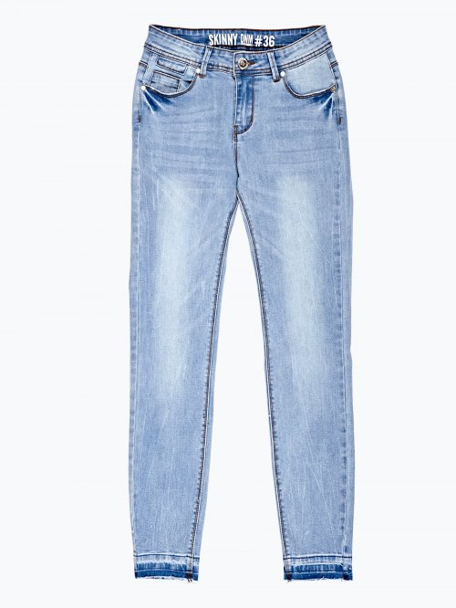 Ripped skinny jeans in light blue wash