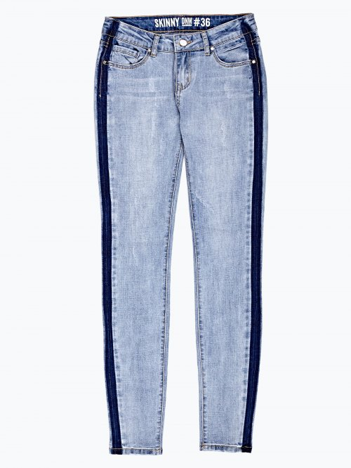 Skinny jeans in light blue wash with side stripe
