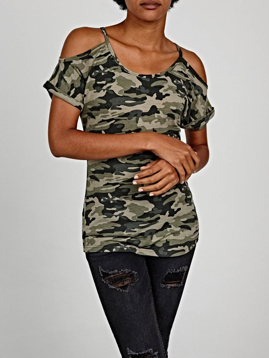 Camo print off-the-shoulder top