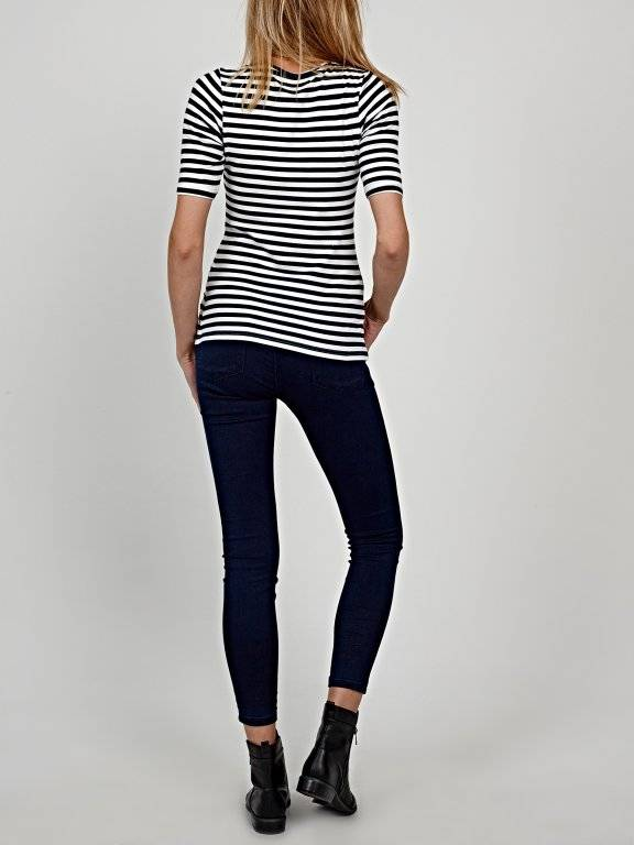 Striped t-shirt with floral embroidery