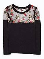 Embroidered combined top