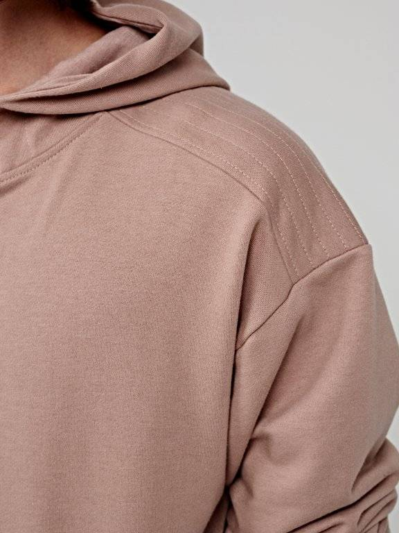 Hoodie with raw details