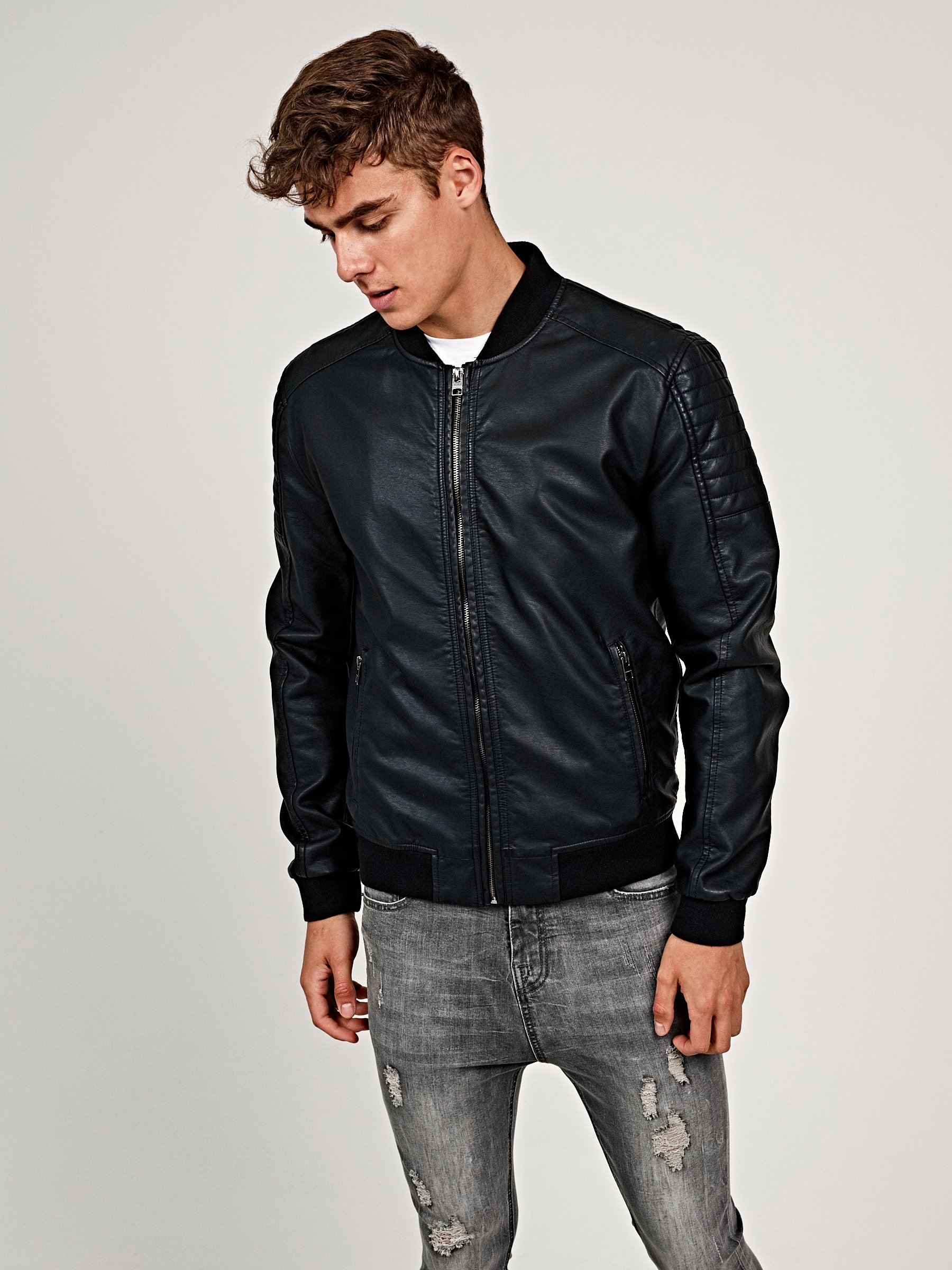 5a0e5c638 19,98 €, | Faux leather bomber jacket