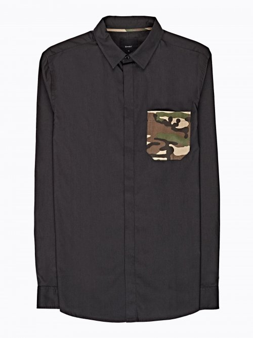 Regular fit cotton shirt with camo print pocket