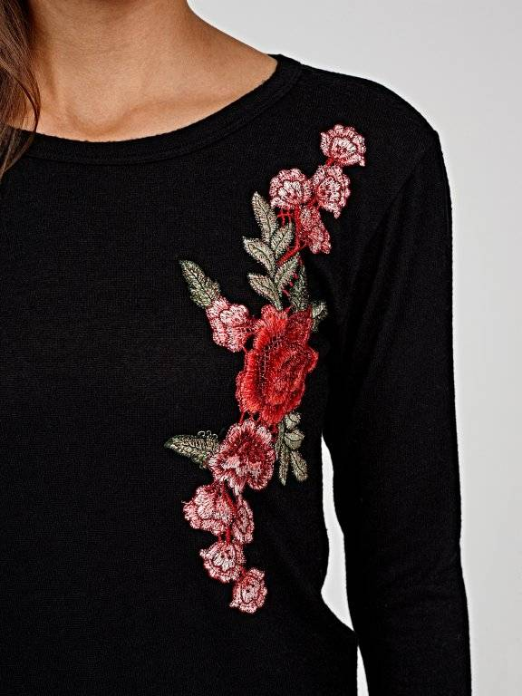 Jumper with floral embroidery