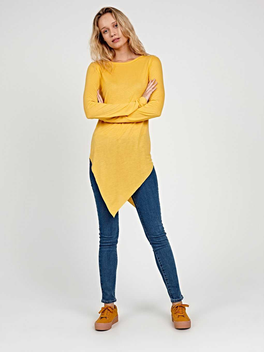 VISCOSE T-SHIRT WITH ASYMMETRICAL HEM