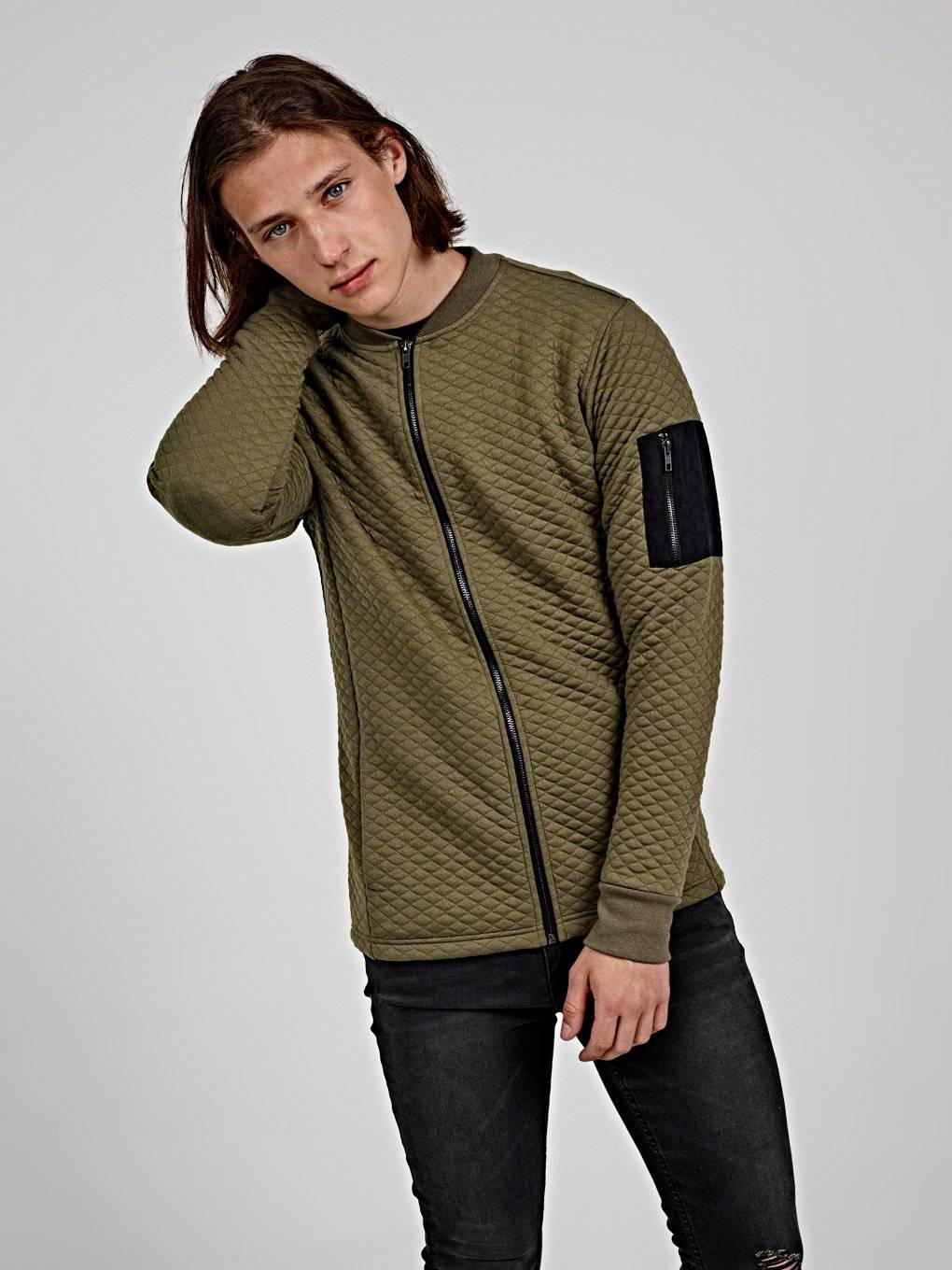 Quilted zip-up sweatshirt