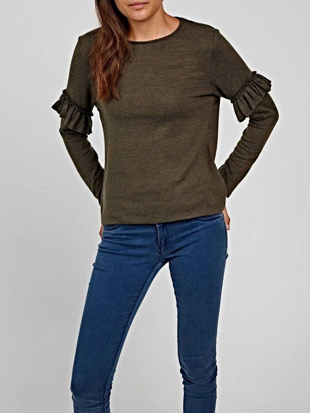Jumper with ruffle sleeve detail