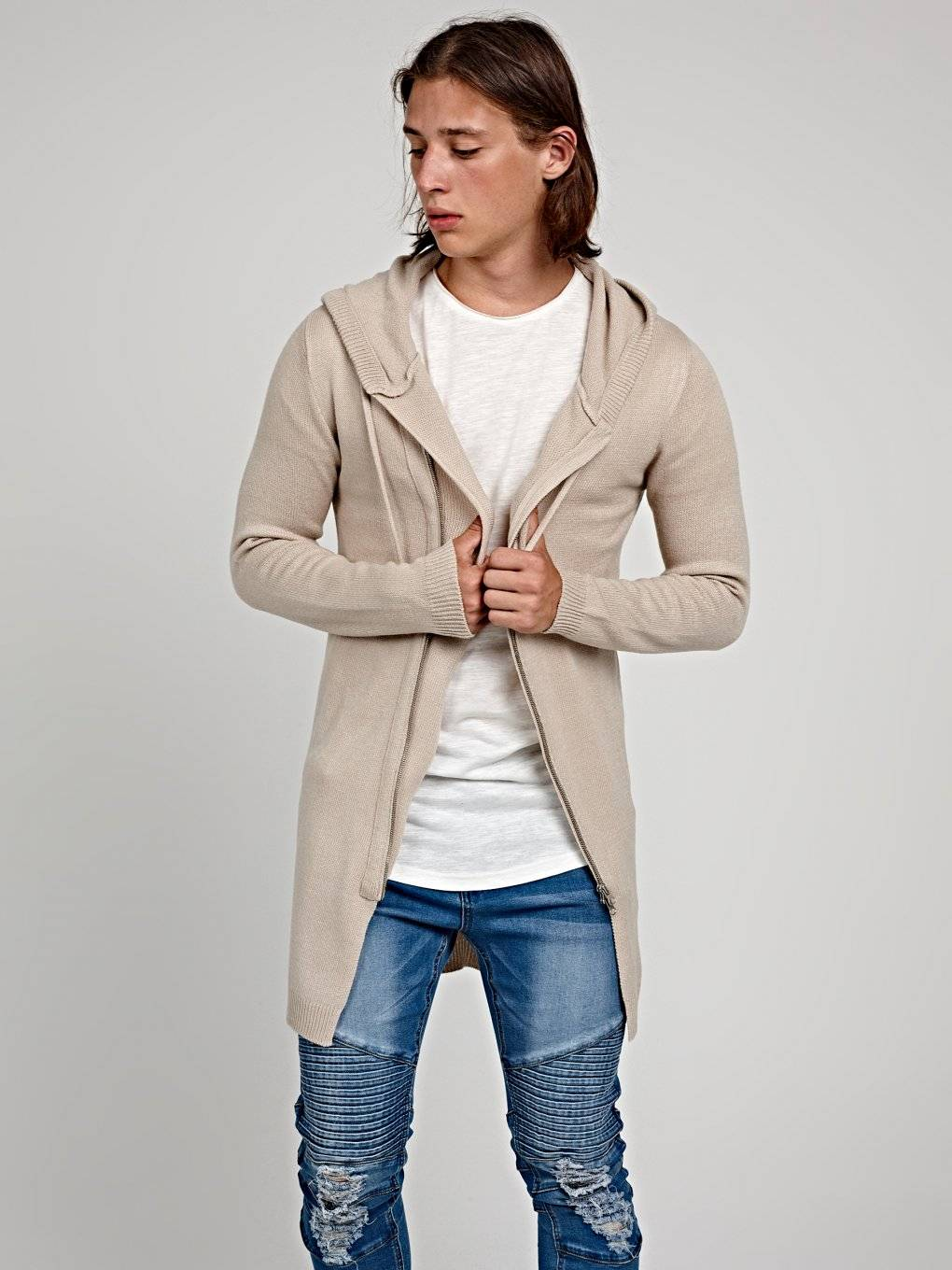 Longline cardigan with asymmetrical zipper