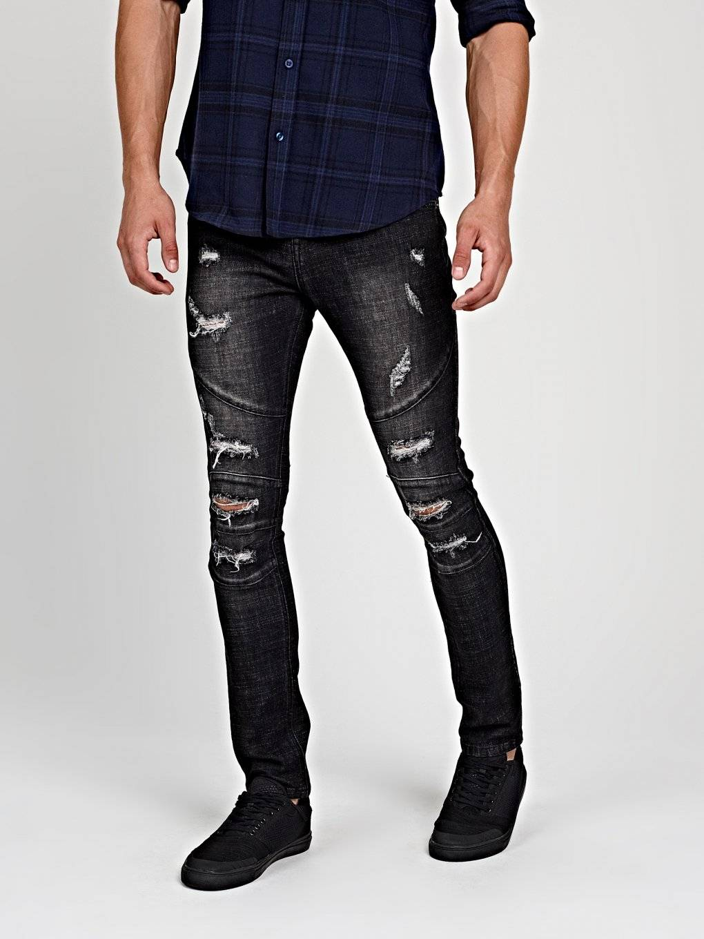 Destroyed straight slim fit jeans