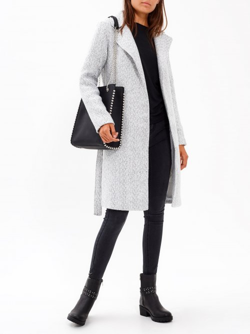 Duster coat with belt