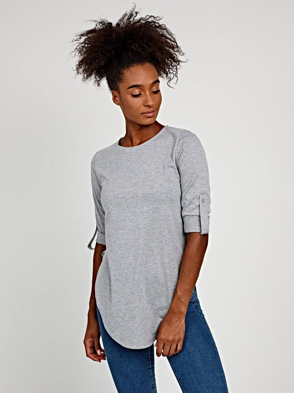 BASIC T-SHIRT WITH ROLL-UP SLEEVE