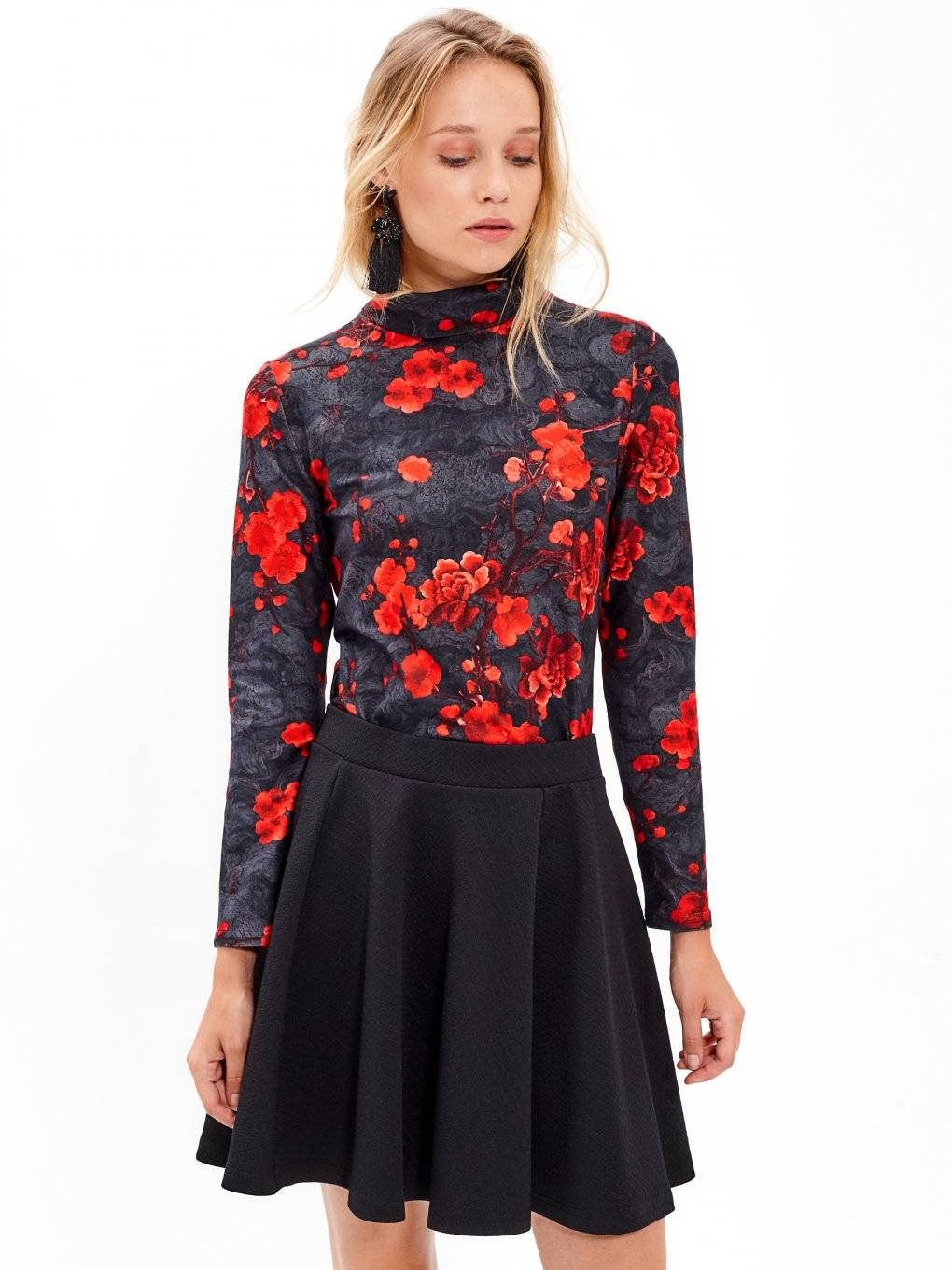 Turtleneck top with floral print
