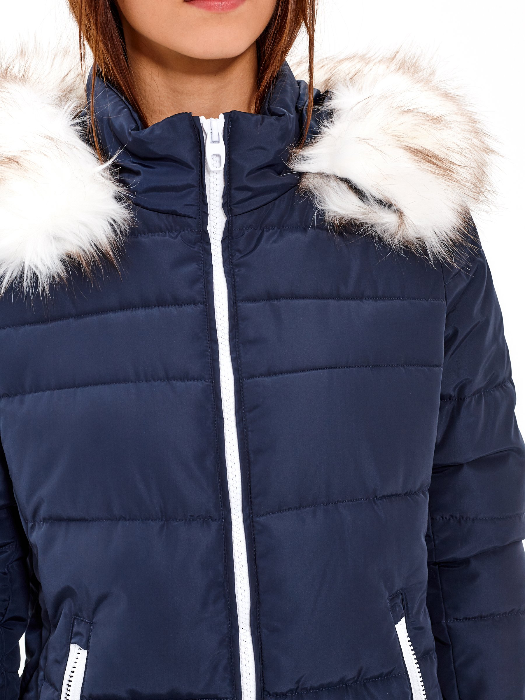 Dlhá prešívaná vatovaná bunda s kapucňou  857d6eec09d