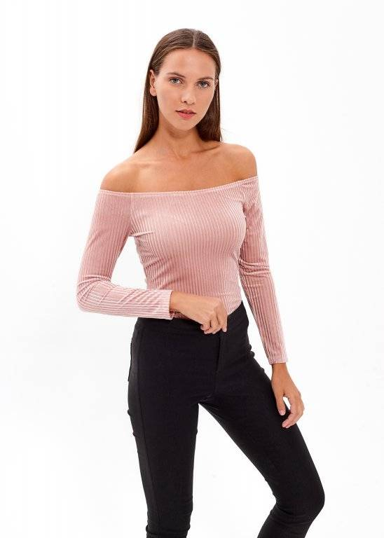 OFF-THE-SHOULDER VELVET BODYSUIT