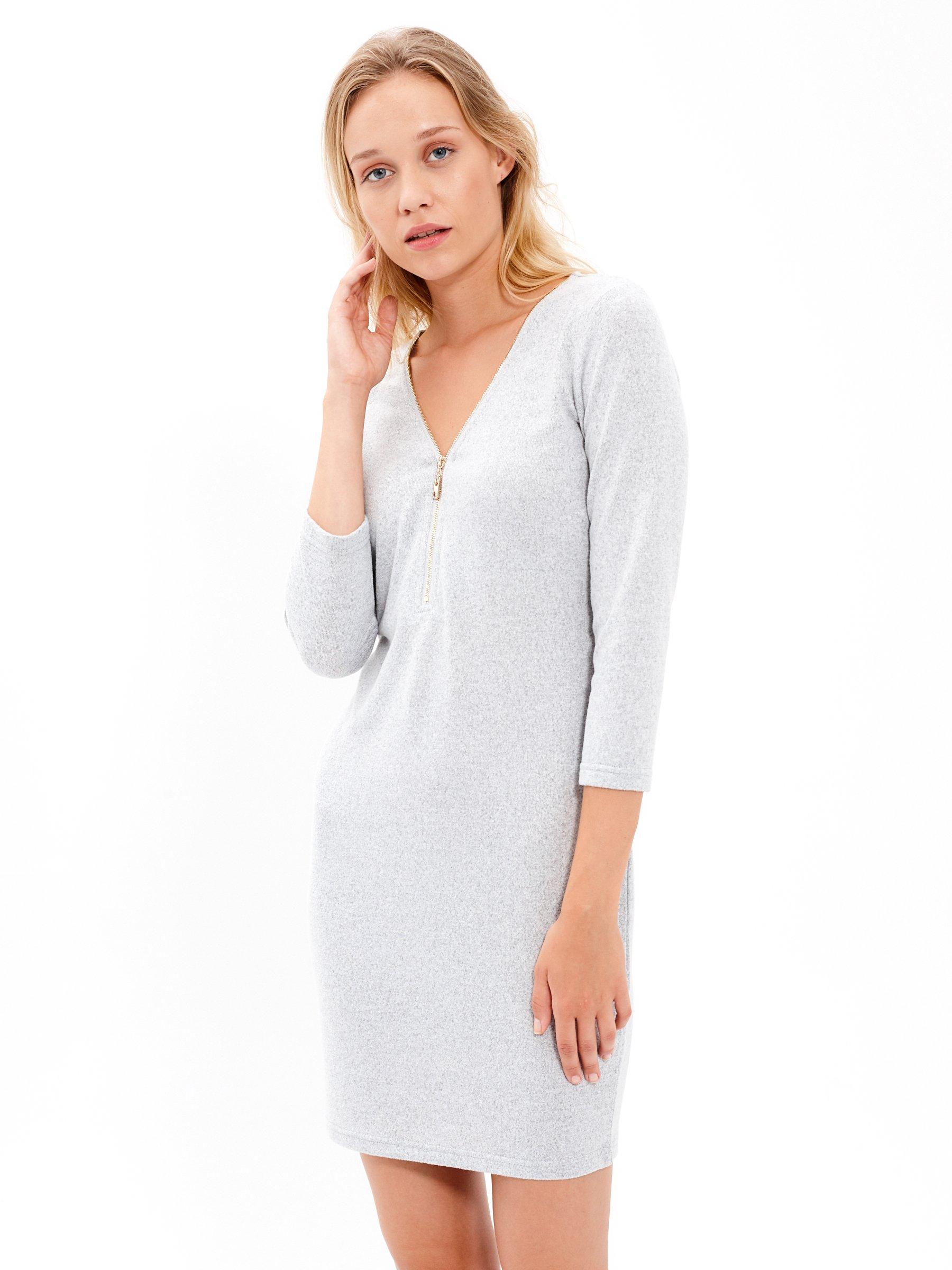 Pouzdrové šaty se zipem  063de3f941