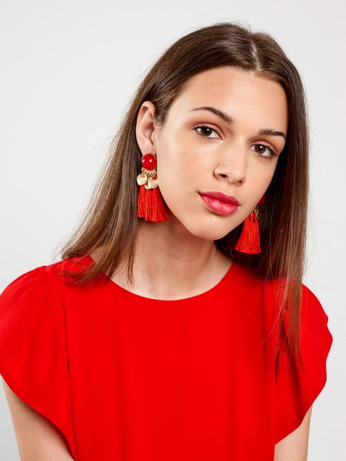 DROP EARRINGS WITH MEDALLIONS AND TASSELS