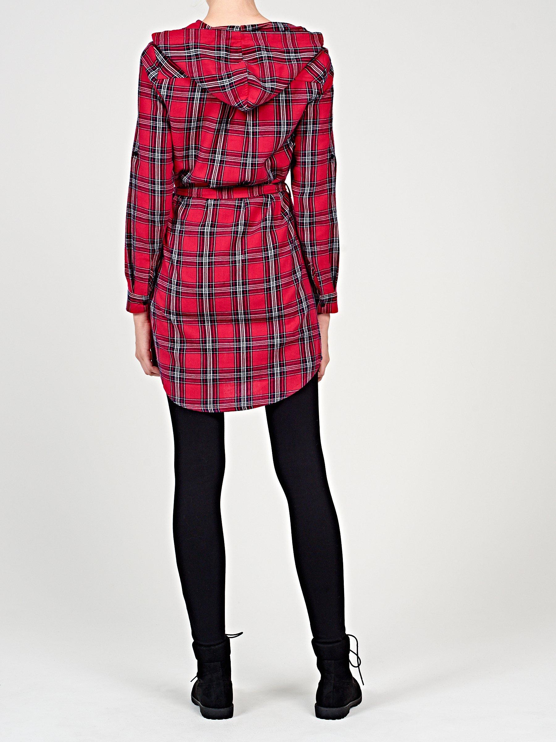 542df1c868fd Kostkované košilové šaty s kapucí
