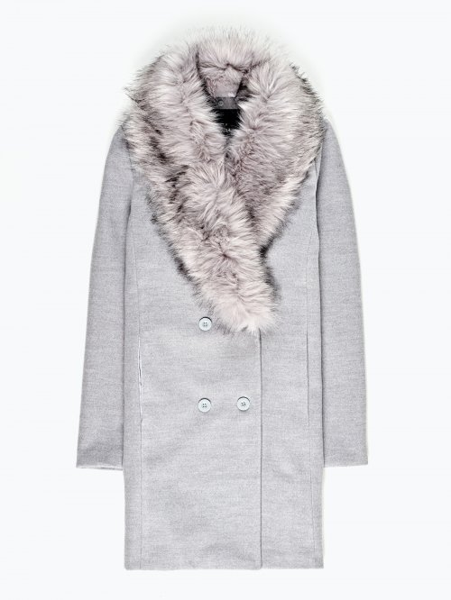 Coat with removable faux fur collar