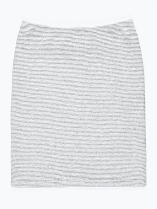 Structured pencil skirt