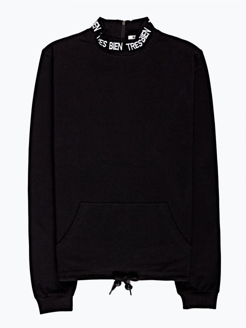 Sweatshirt with embro detail