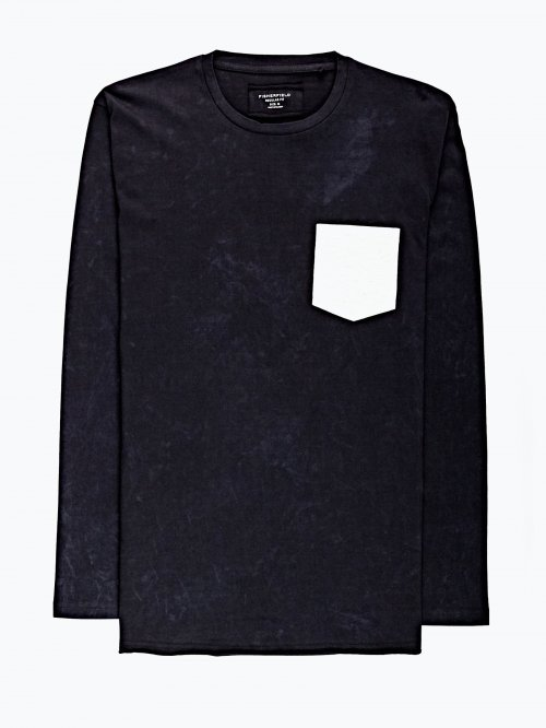 Washed t-shirt with pocket