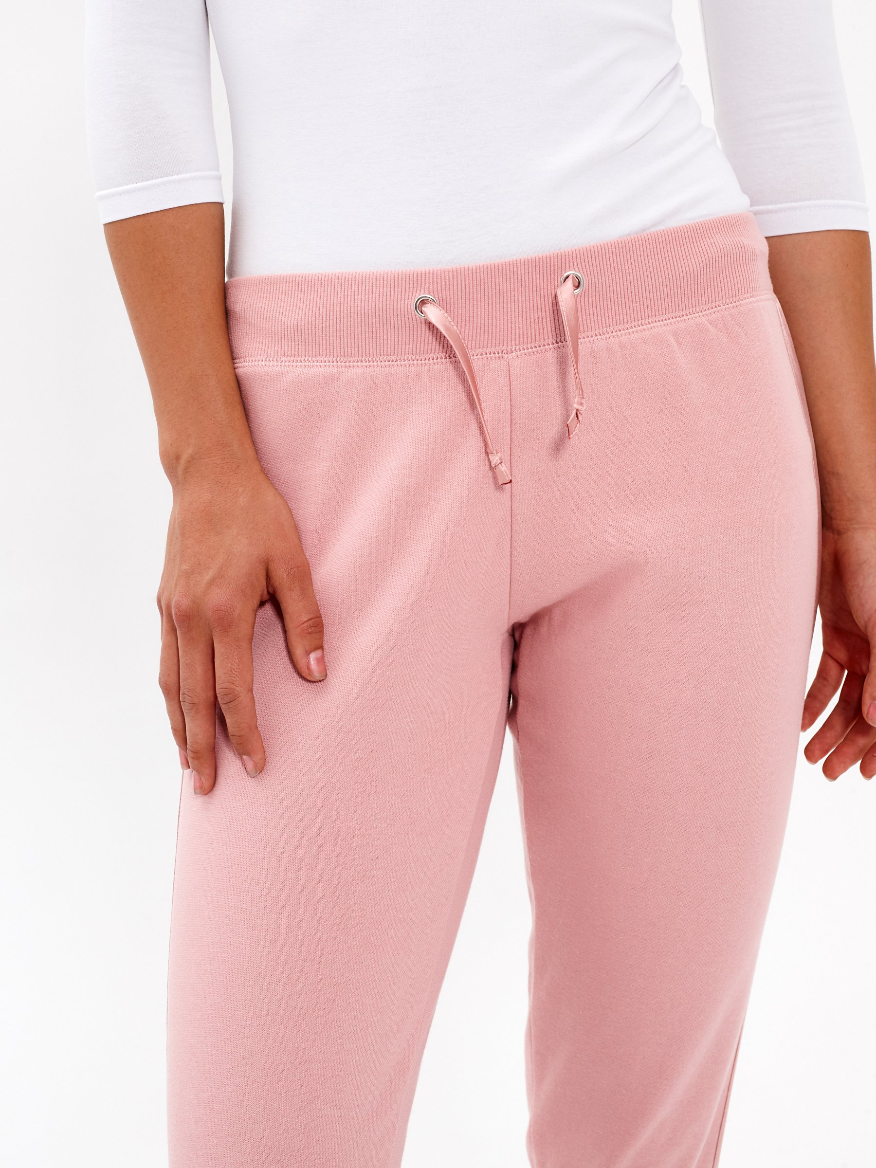 SWEATPANTS WITH SATIN SIDE TAPE