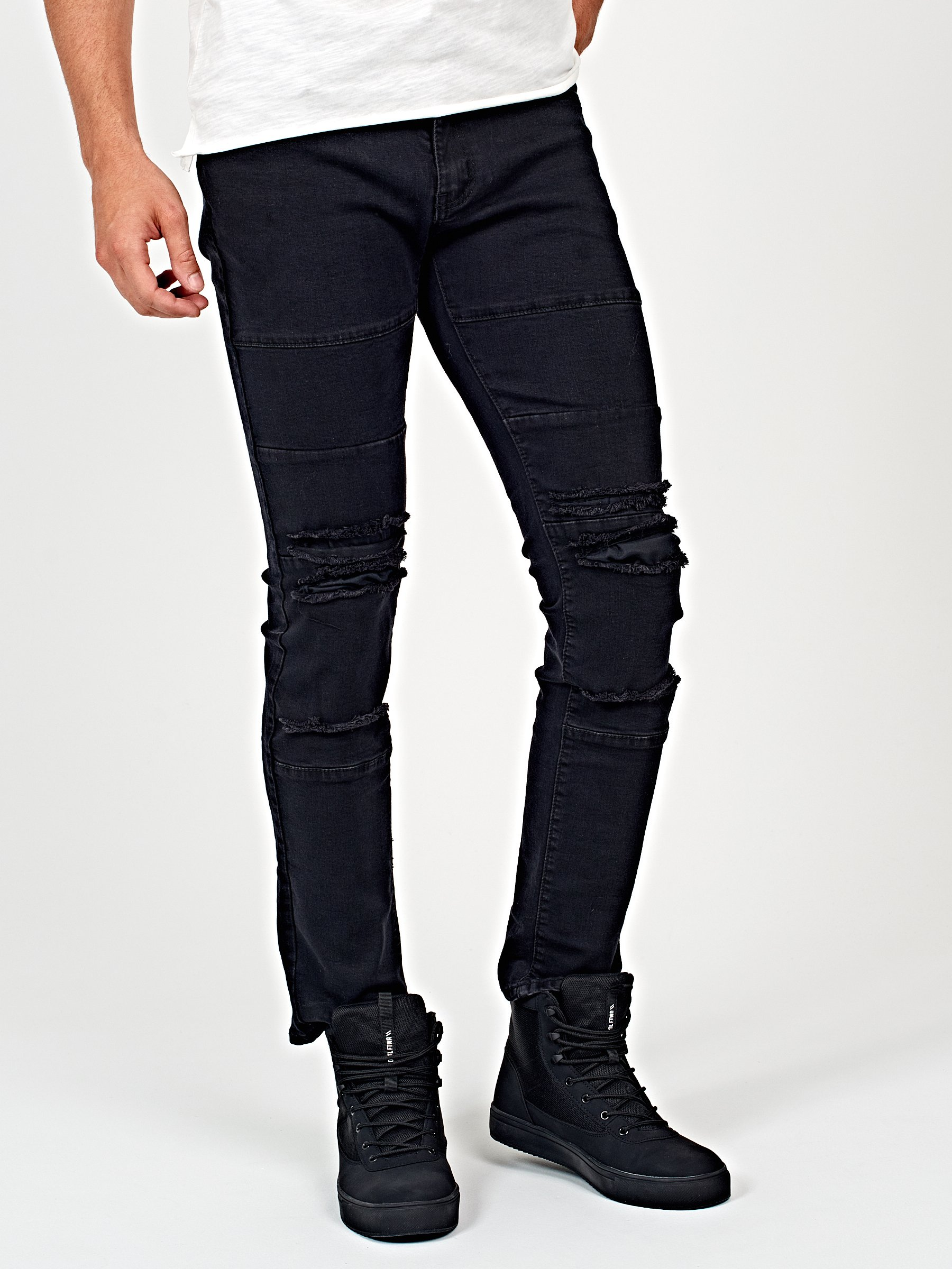 Destroyed straight slim fit jeans in black wash
