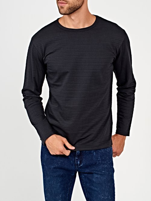 Structured t-shirt with side slits