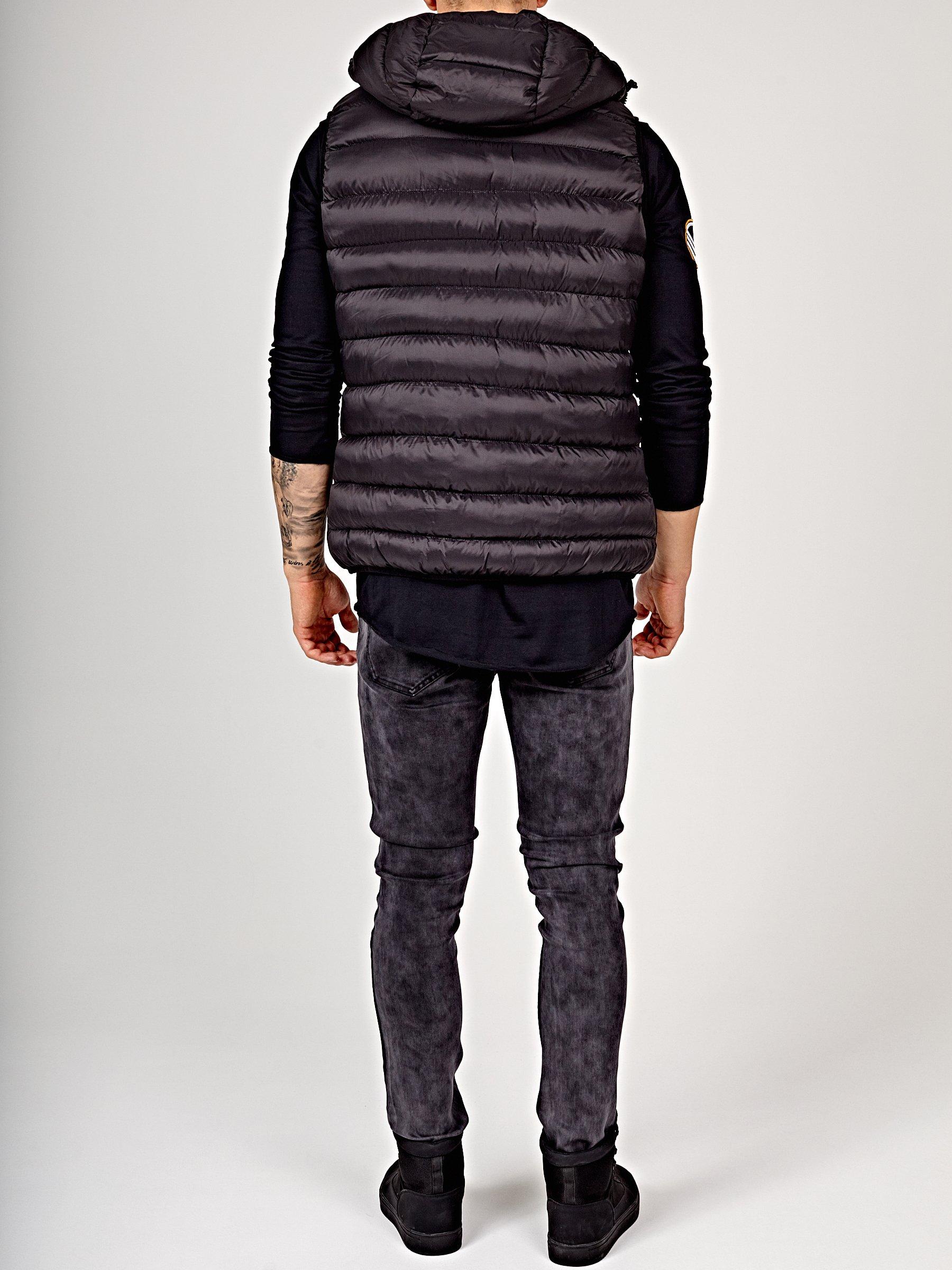Prešívaná vatovaná vesta s kapucňou  473e52bbe9d