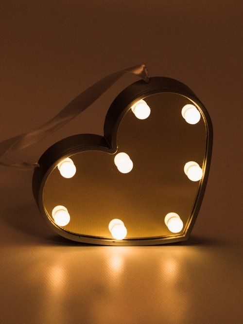 HEART SHAPED LED LAMP