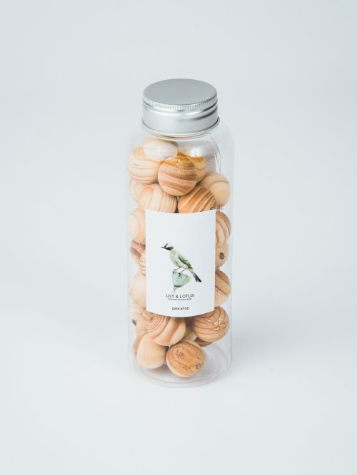 SCENTED WOODEN BALLS /35 PIECES/