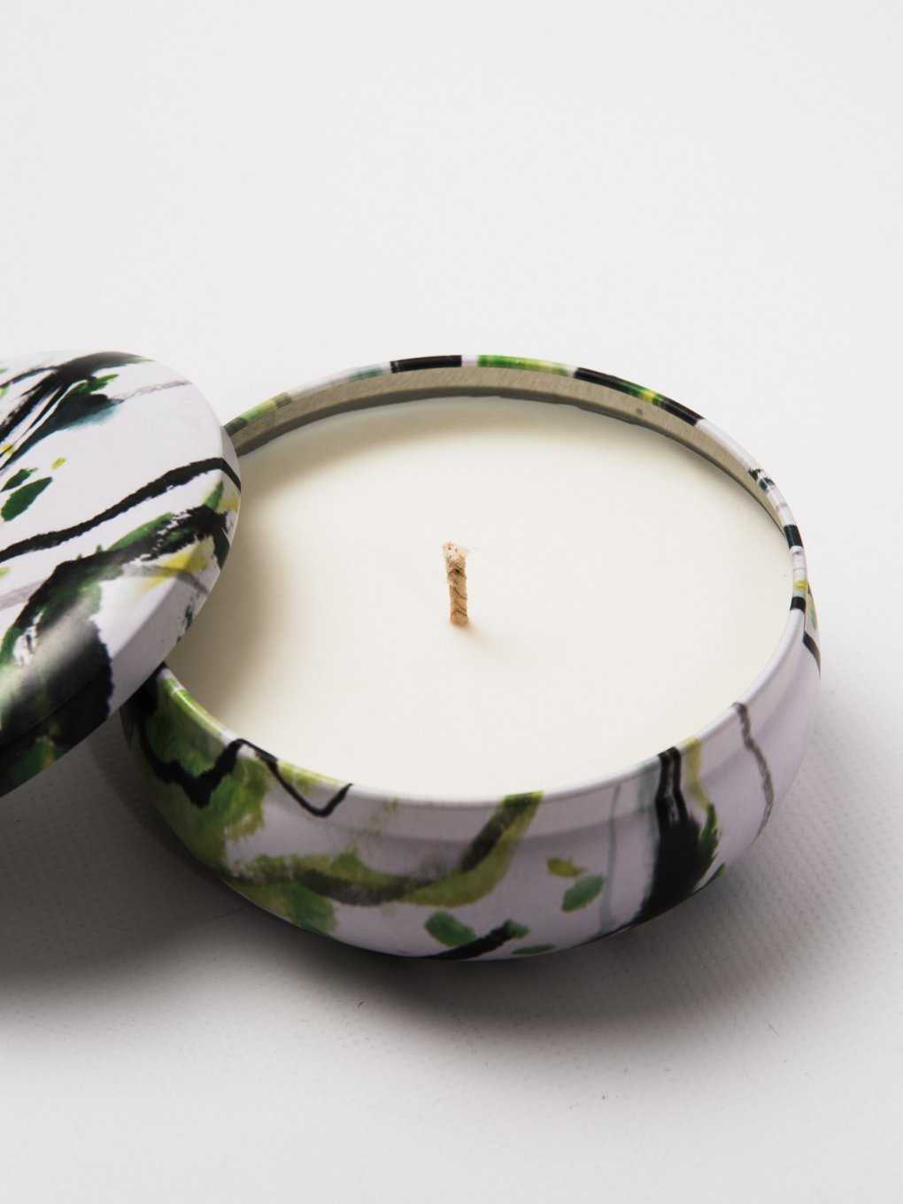 SCENTED CANDLE IN METAL TIN