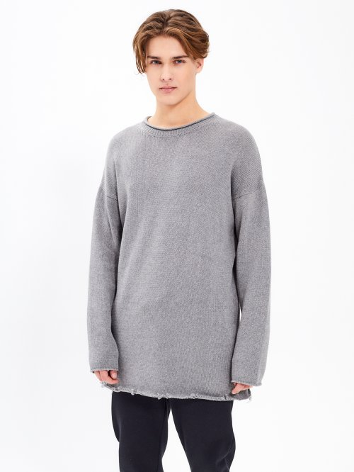 OVERSIZED SWEATER WITH RAW DETAIL