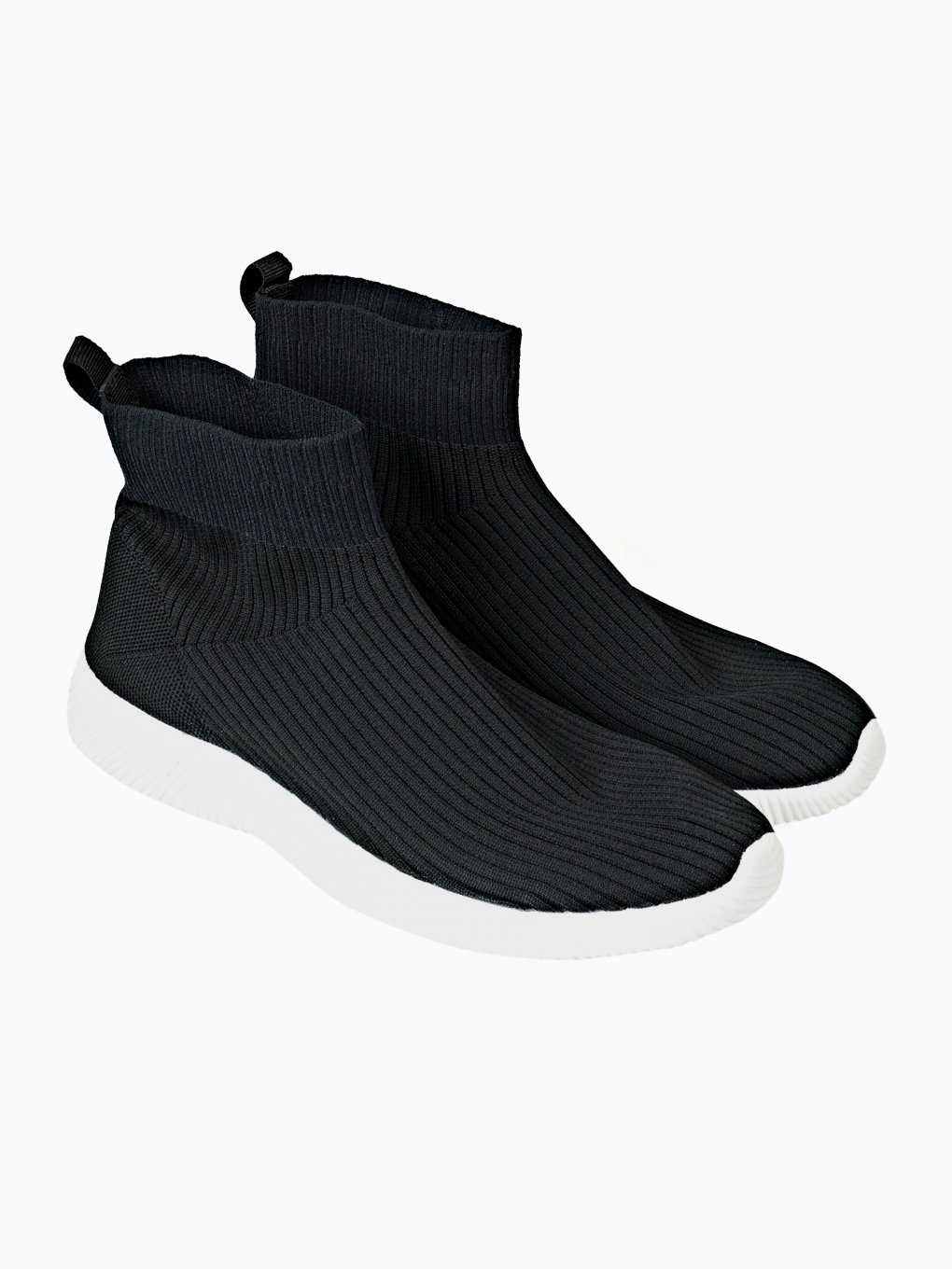 SLIP ON SOCK SNEAKERS