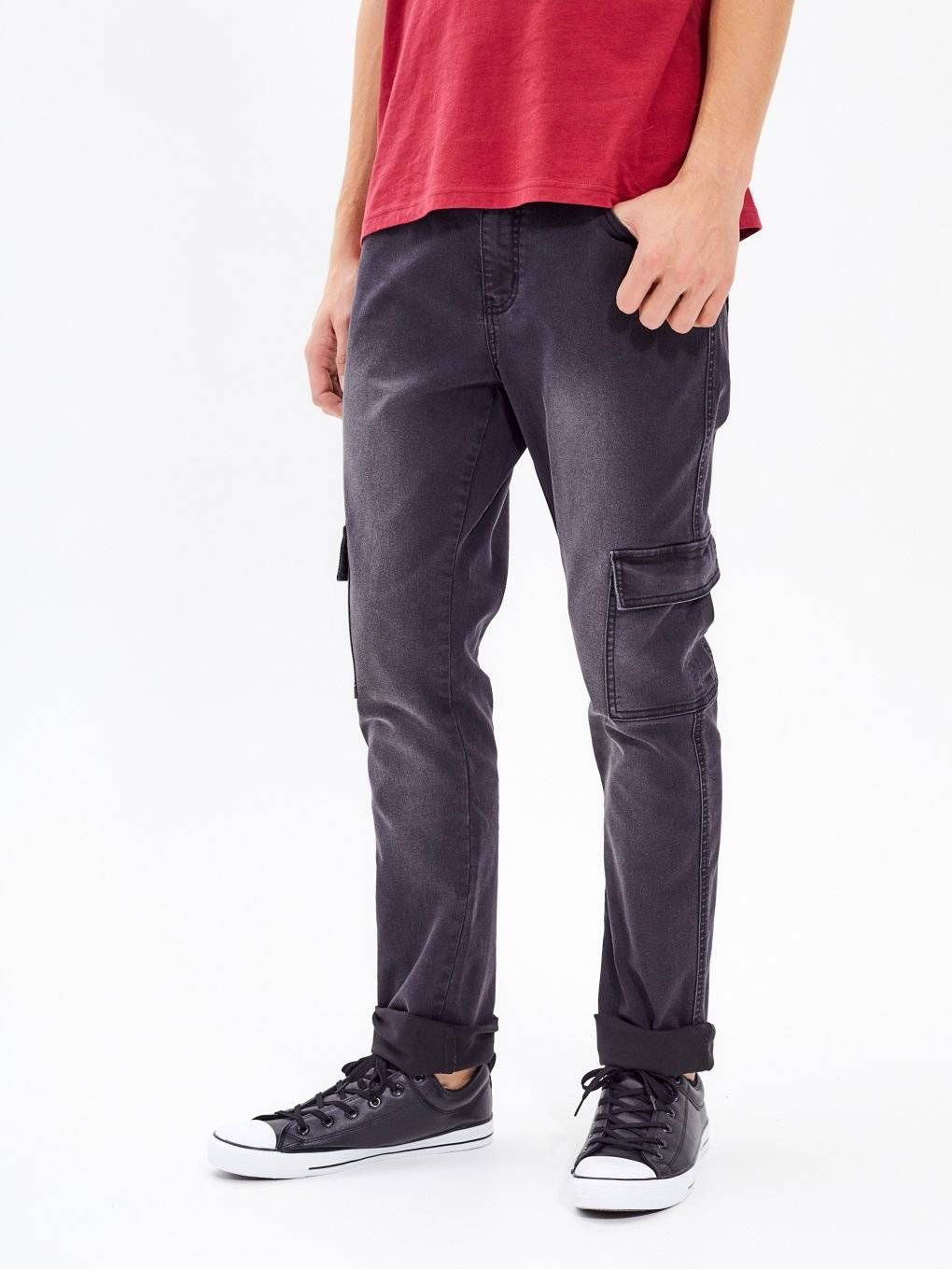 STRAIGHT FIT CARGO JEANS