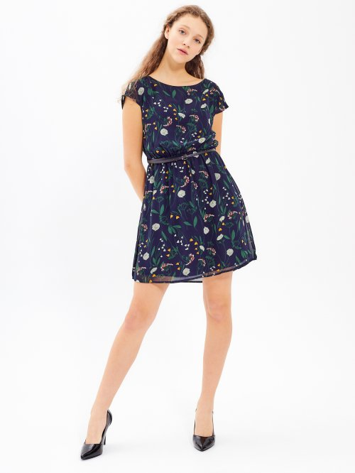 cd9f7ca993 Šifónové šaty s kvetinovou potlačou