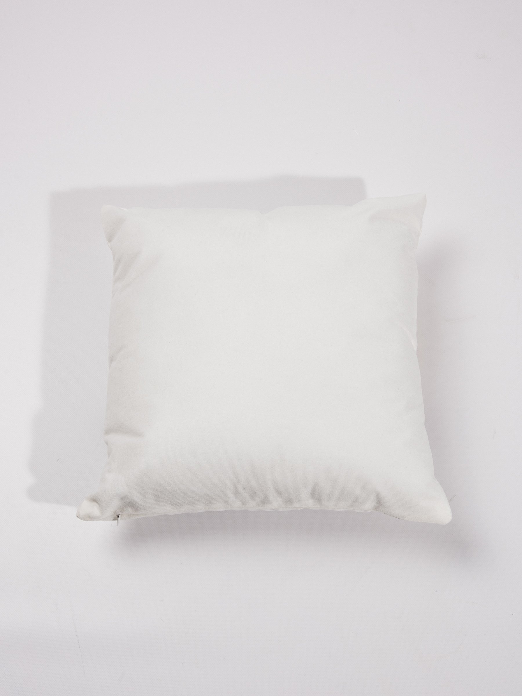 PILLOW WITH PRINT  76e755ca46