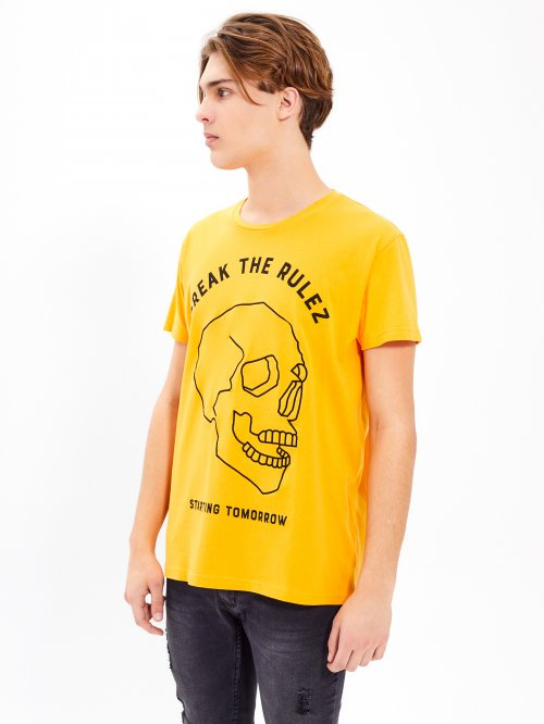 SKULL EMBROIDERY T-SHIRT