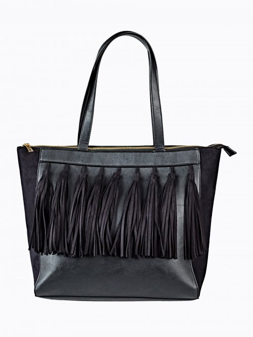 Tote bag with tassels