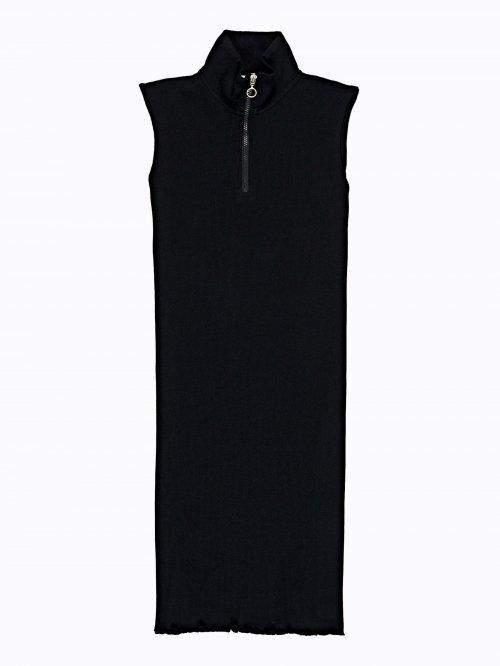 7cdb5f36aff Žebrované šaty s vysokým límcem