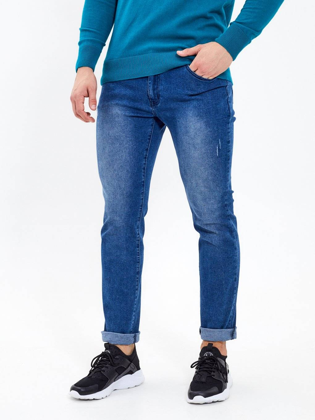 BASIC STRAIGHT FIT JEANS
