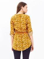 FLORAL PRINT LONGLINE BLOUSE WITH BELT