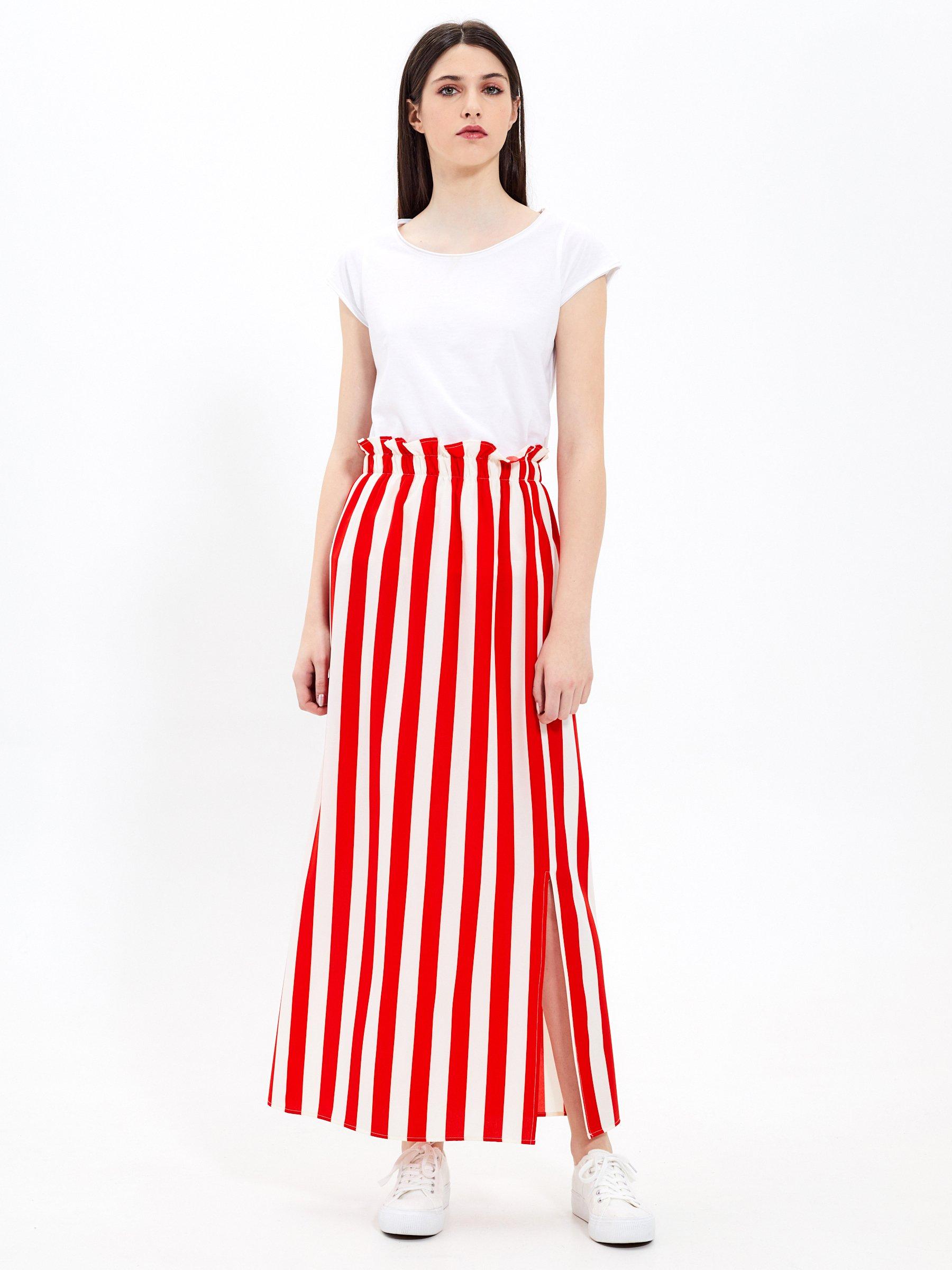 404db1652d1e Prúžkovaná dlhá sukňa s vysokým pásom