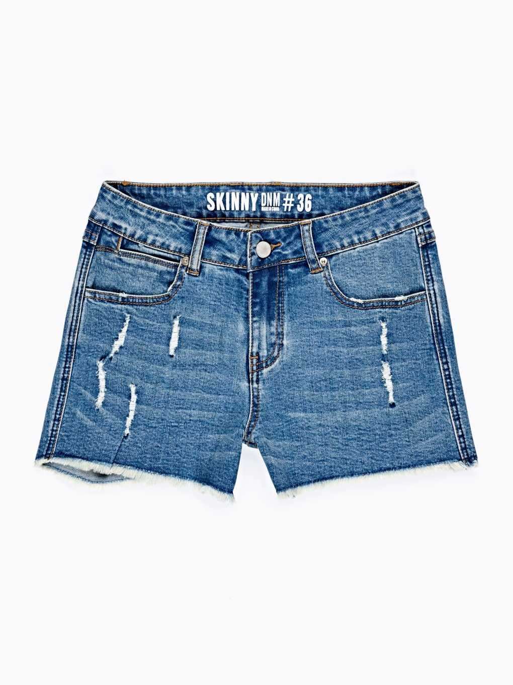 DAMAGED SKINNY SHORTS IN MID BLUE WASH