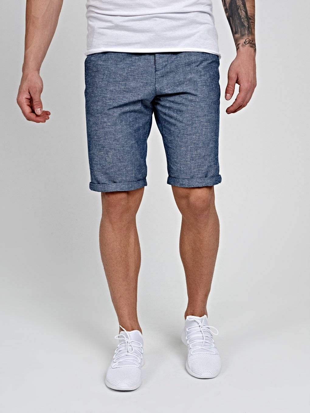 CHINO SHORTS IN LINEN BLEND