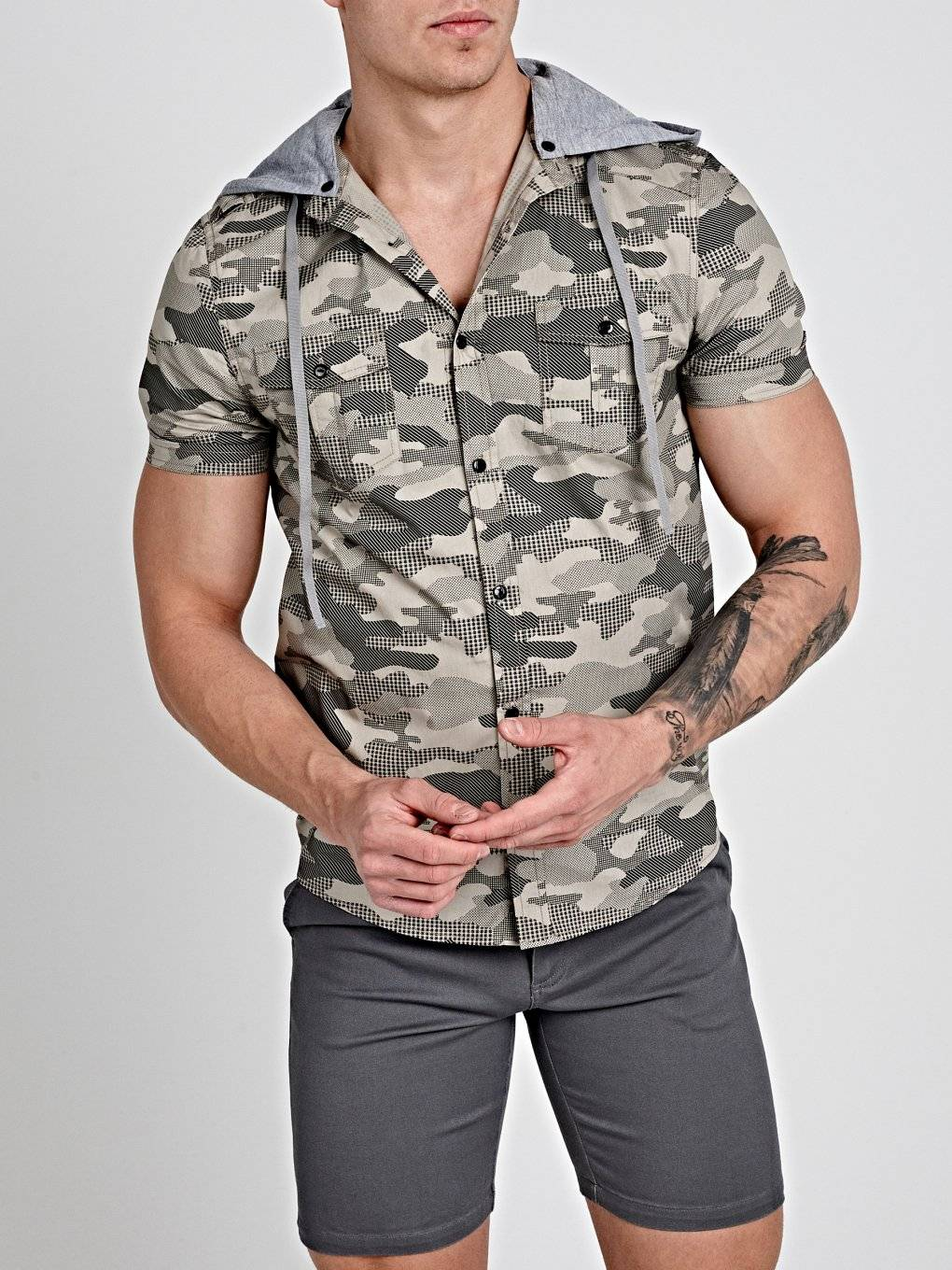 CAMO PRINT SLIM FIT SHIRT WITH JERSEY HOOD