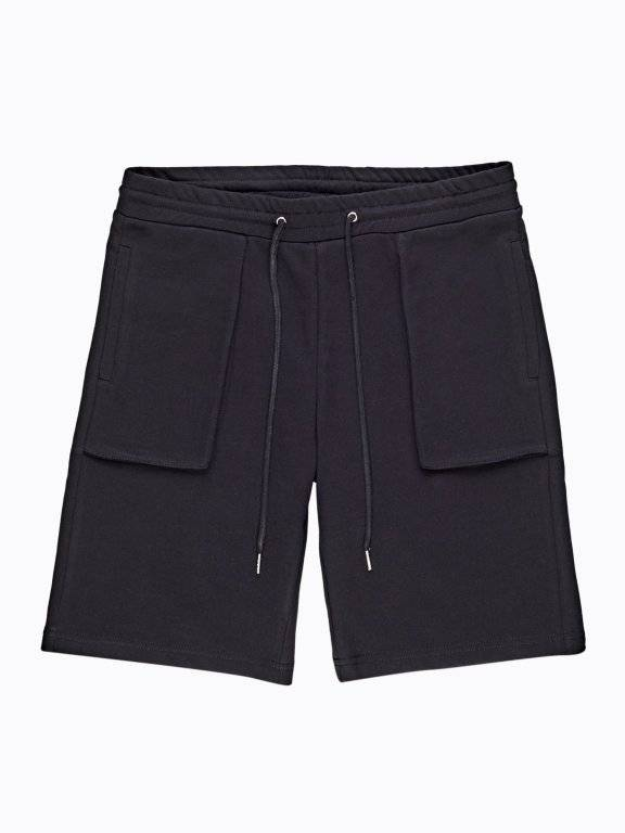Sweatshorts with patch pockets