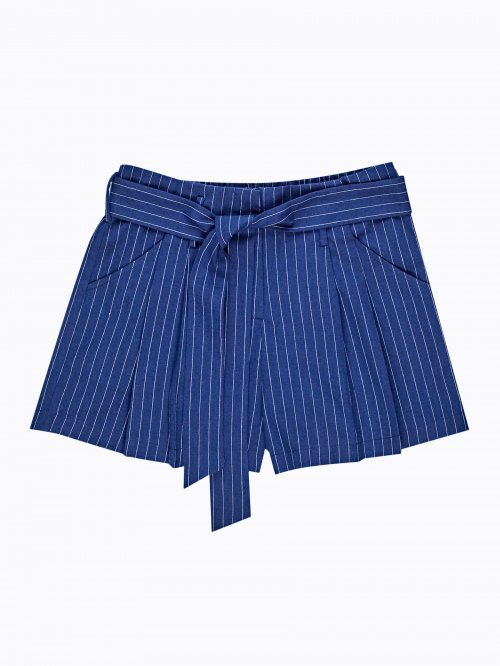 Striped shorts with decorative belt